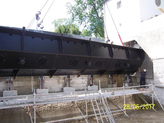Bau + Plan Ingenieurgesellschaft mbH – Stadtwehr Erding Klappenmontage
