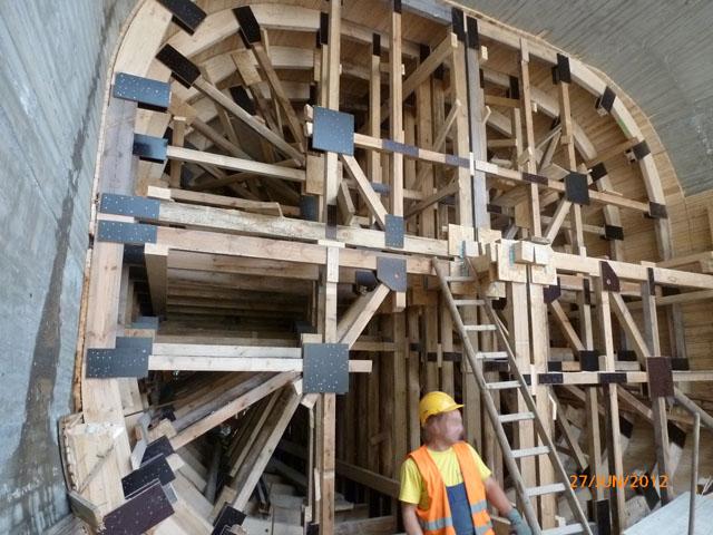 Bau + Plan Ingenieurgesellschaft mbH – Referenz Gars – Schalung Saugschlauch